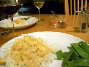 plate-shrimp-coconut-sauce