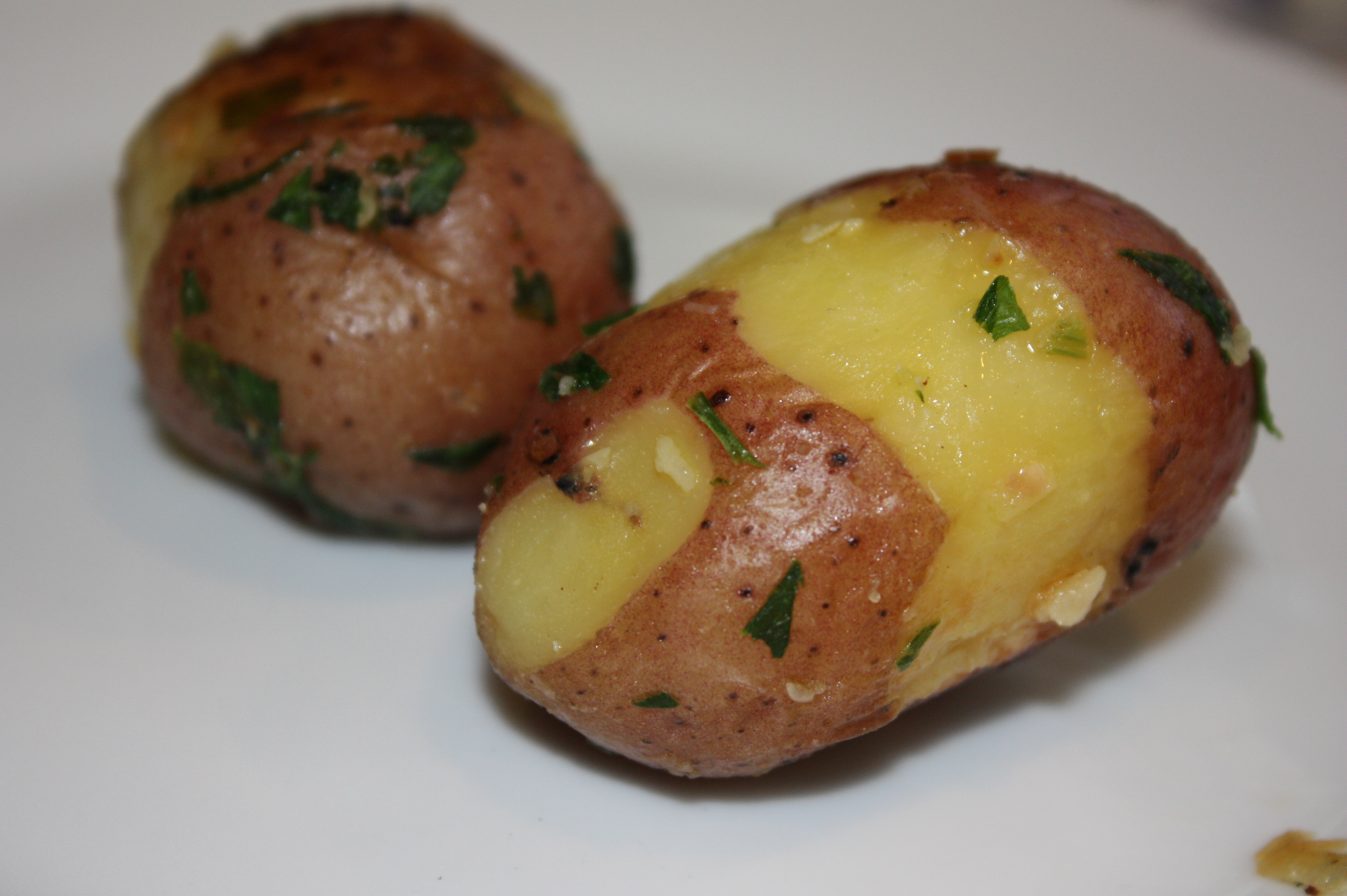 Steamed Sauteed Potatoes with Parsley and Garlic