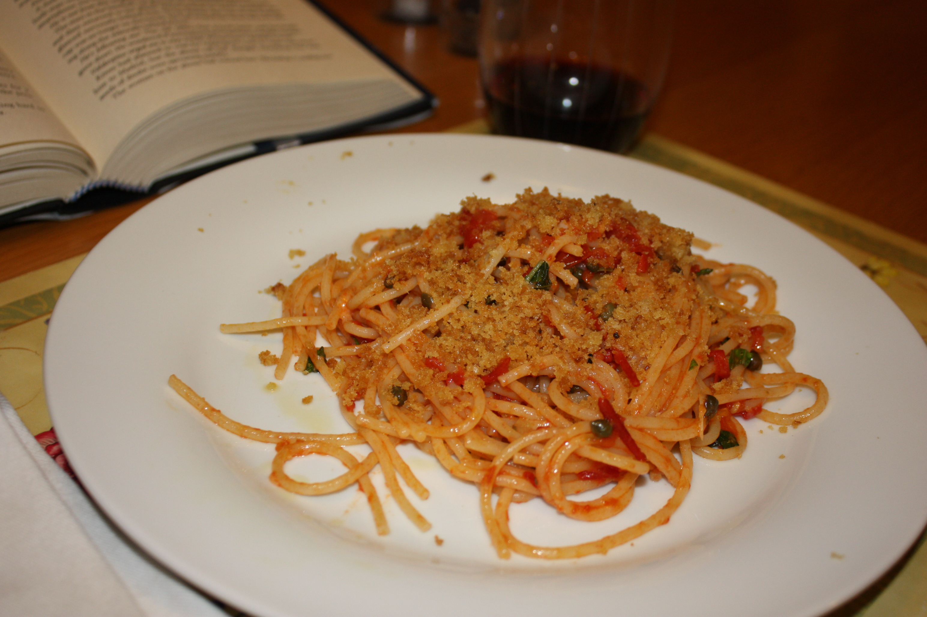 Quick Pasta Sauce with Tomatoes and Capers